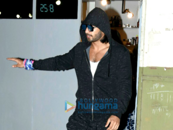 Ranveer Singh snapped post salon session in Bandra