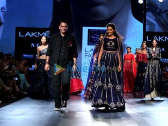 Saiyami Kher walks the ramp for designer Nachiket Barve at the Lakme Fashion Week 2017-