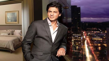 Shah Rukh Khan visits his old DDA flat in Delhi with his kids; drops a note for present residents