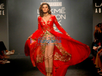 Taapsee Pannu walks for Divya Reddy at Lakme Fashion Week 2017