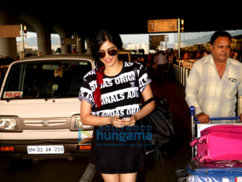 Karisma Kapoor, Zareen Khan, Sohail Khan and others snapped at the airport