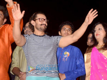 Aamir Khan graces Navratri Pooja in Vadodara