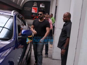 Arjun Kapoor spotted at Ashutosh Gowariker's office in Khar