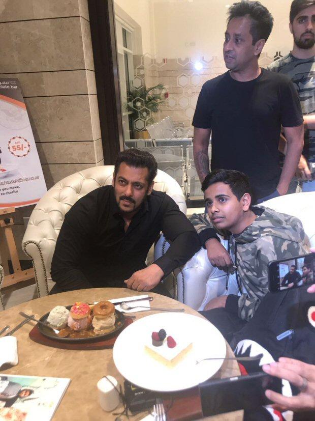 EXCLUSIVE Salman Khan inaugurates Belhasa Driving Centre in Dubai1