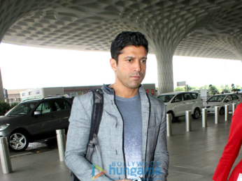 Farhan Akhtar and Karisma Kapoor snapped at the airport