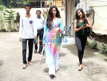 Jhanavi Kapoor snapped post her dance rehearsals