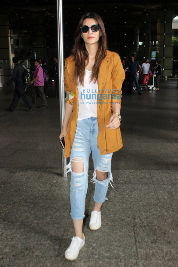 Kriti Sanon snapped at the airport when returning from Spain