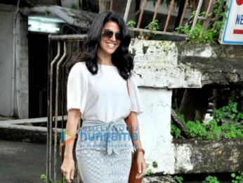 Nimrat Kaur snapped post salon session at Kromakay