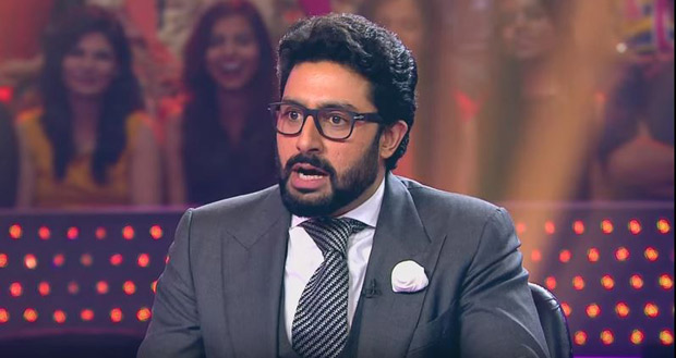 OMG! Abhishek Bachchan couldn't answer a question on football on this show and his father is surprised (3)