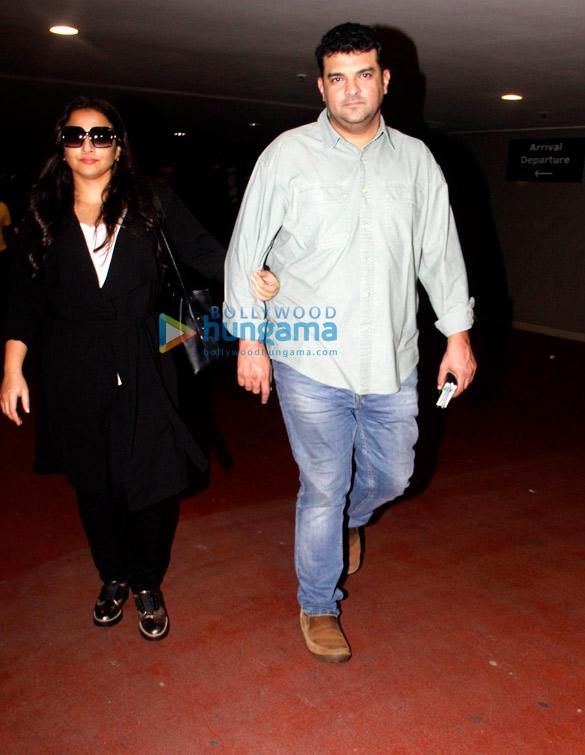 Ranbir Kapoor, Hrithik Roshan, Kriti Sanon, Shilpa Shetty, Raj Kundra, Vidya Balan, and Siddharth Roy Kapur snapped at the airport
