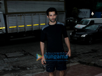 Siddharth Gupta and snapped at the gym