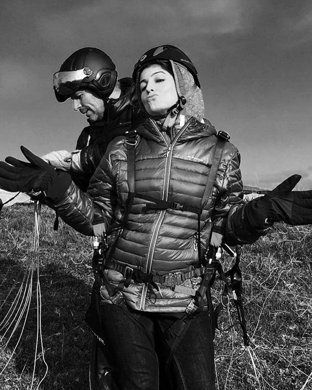 Twinkle Khanna gears up for paragliding like a boss