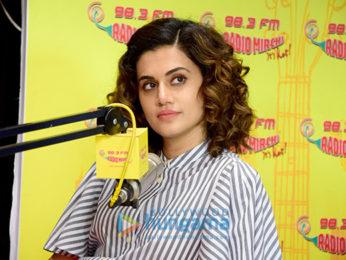 Varun Dhawan, Jacqueline Fernandez and Taapsee Pannu promote 'Judwaa 2' at 98.3 FM Radio Mirchi