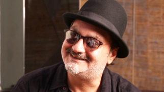 Vinay Pathak Sings The MELODIOUS Soundtrack 'Maa'  Kailash Kher vid