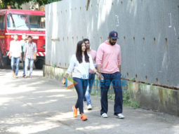 Aishwarya-Rai-Bachchan-and-Abhishek-Bachchan-rush-to-Bandra-after-fire-breaks-out-at-Le-Mer-building