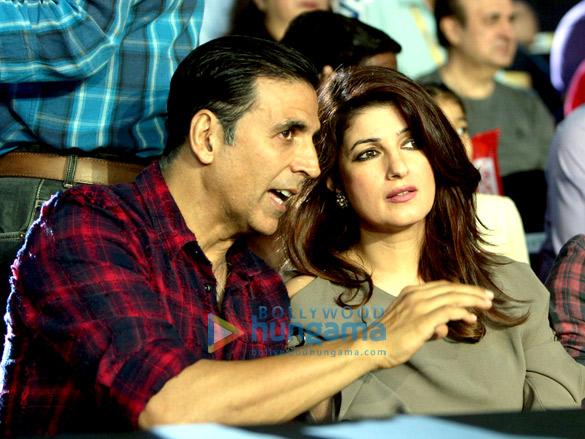 Akshay Kumar and Twinkle Khanna at 'VIVO Pro Kabaddi Super Playoffs'