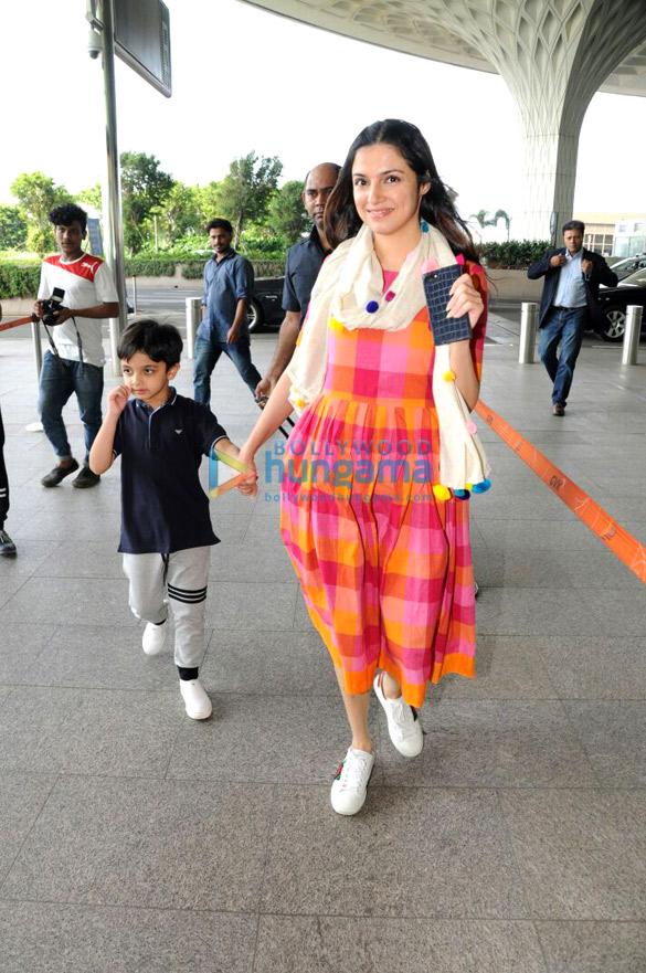 Divya Kumar Khosla and Mandira Bedi at the airport