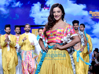 Gauahar Khan walks the ramp at the 'India Beach Fashion Week 2017'