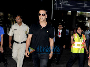 Akshay Kumar snapped at the airport