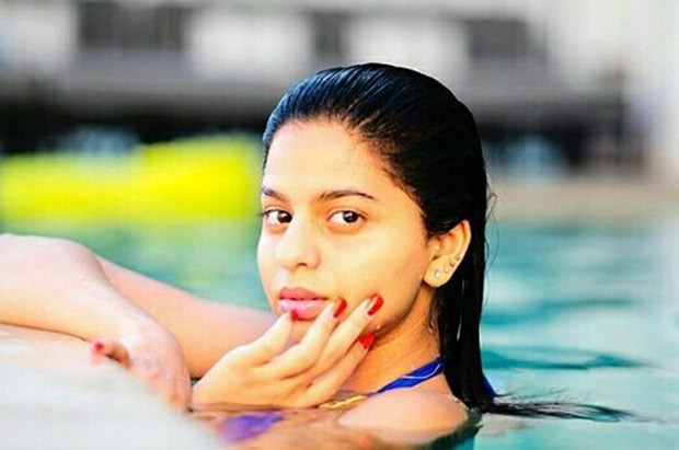 OMG! Suhana Khan's swimming pool picture is breaking the internet