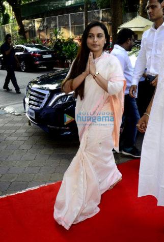 Rani Mukerji's family arrives for Ram Mukerji's prayer meet