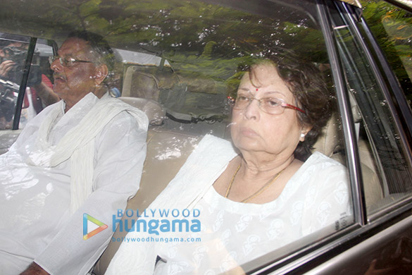 Rani Mukerji at her father Ram Mukerji's funeral