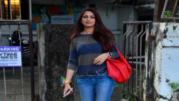 Sonali Bendre and Amit Gaur snapped at a spa in Juhu
