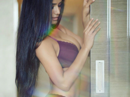 These pictures of Poonam Pandey are sure to make your Monday better!-1