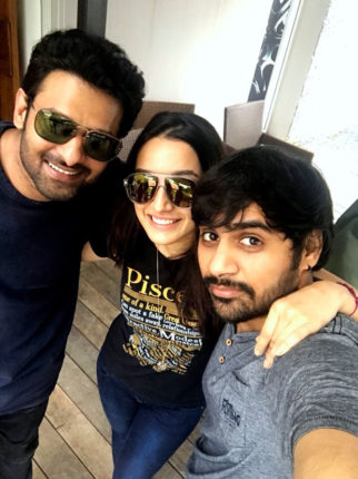 This picture of Shraddha Kapoor bonding with her boys, Prabhas and Sujeeth is adorable