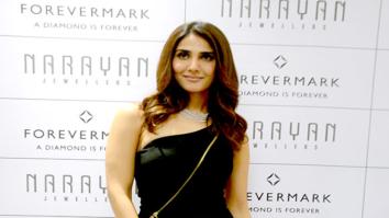 Vaani Kapoor at the launch of Narayan Jewellers in Vadodara