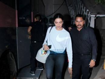 Deepika Padukone snapped post Padmavati promotion pack up