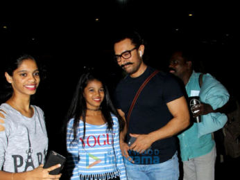 Aamir Khan arrives at the airport-