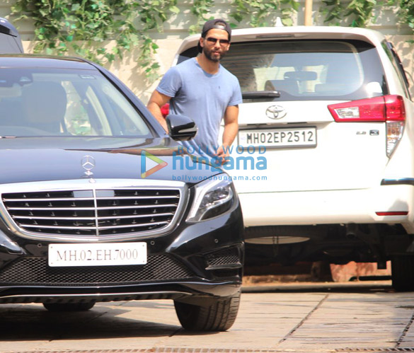 Aditya Roy Kapur, Shahid Kapoor, Mira Rajput and Sooraj Pancholi snapped at the gym