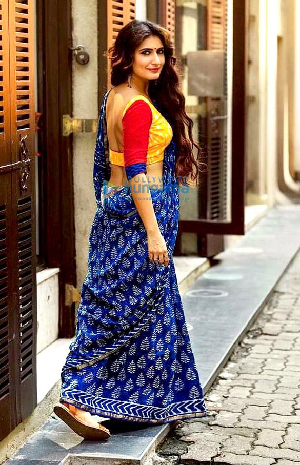 HOT! Fatima Sana Shaikh nails the desi look with a saree1