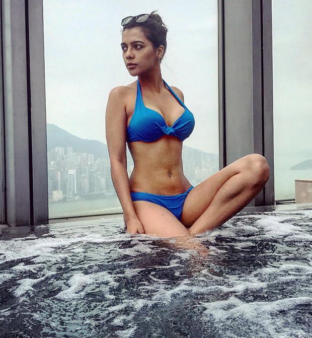 HOTNESS ALERT! Ruhi Singh looks her sexiest best in blue bikini