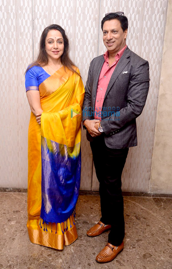 Hema Malini graces 'A Tribute to the Indian Soldiers' event