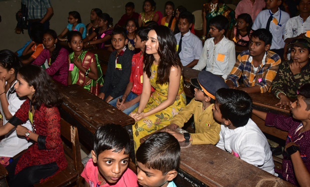 Here's how Shraddha Kapoor celebrated Children's Day in Mumbai (6)
