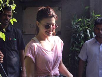 Jacqueline Fernandez snapped at Pali village cafe