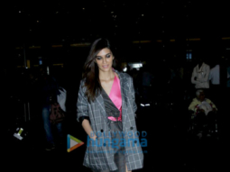 Kriti Sanon, Sidharth Malhotra snapped at the airport