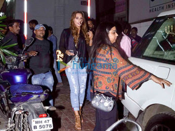 Manish Paul and Iulia Vantur spotted at Khar