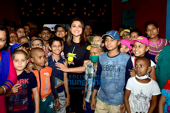 Parineeti Chopra hosts a special screening of Golmaal Again for the children of Tata Memorial Hospital