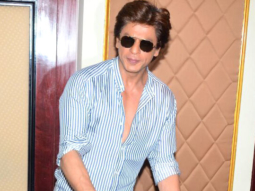 Shah Rukh Khan's QUIRKY Reply To A Journalist When Asked About Paani Puri