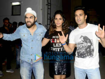 Team of 'Fukrey Returns' snapped at Mehboob Studios