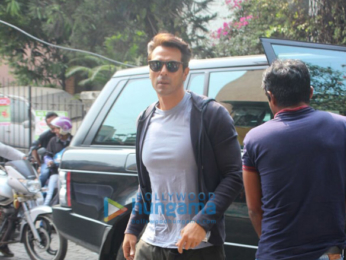 Team of 'Paltan' arrive in Mumbai