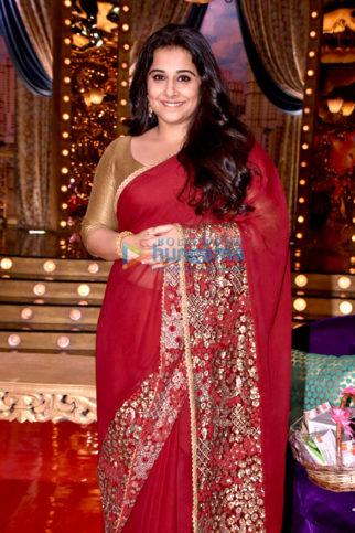 Vidya Balan and Manav Kaul snapped on the sets of the show Aunty Boli Lagao Boli