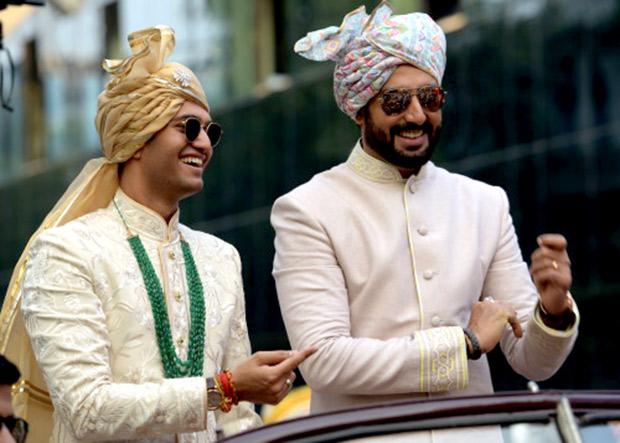WOW! Amitabh Bachchan, Jaya Bachchan, Abhishek Bachchan, Aishwarya Rai Bachchan and Shweta Nanda attend a wedding and they all look regal! (8)