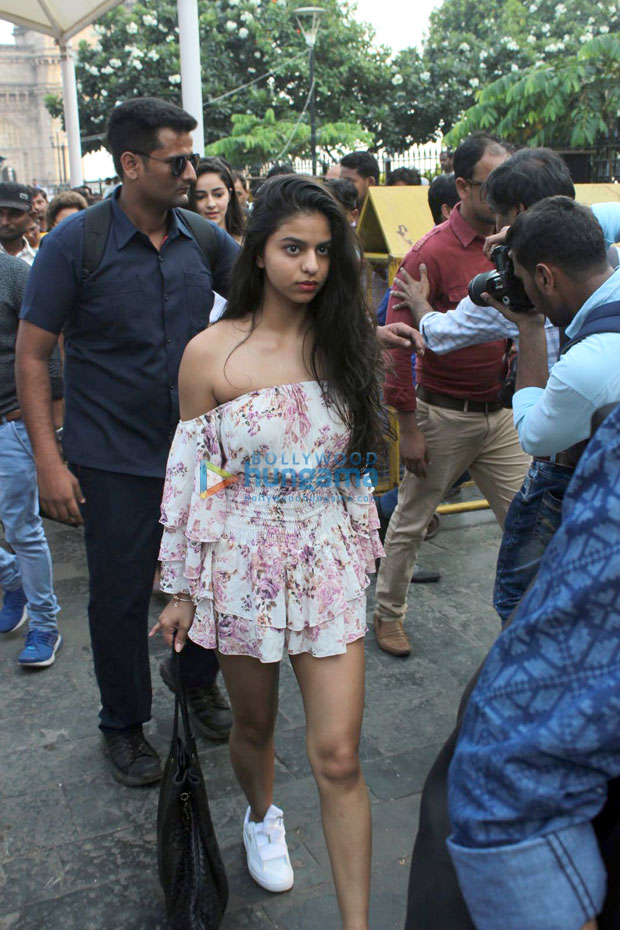 We are sure you will love Suhana Khan's latest look in this refreshing floral off shoulder outfit 001