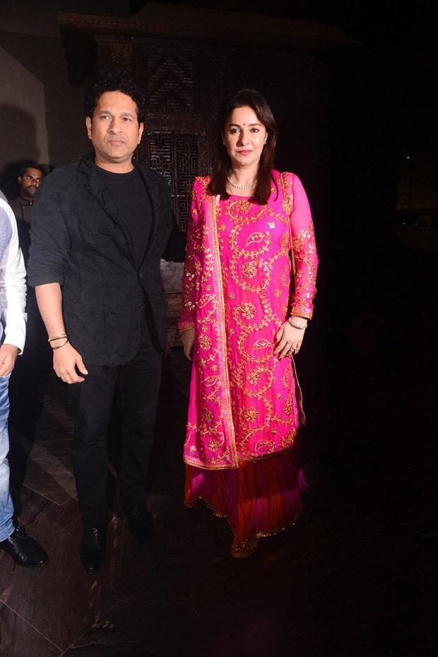 Zaheer Khan and Sagarika Ghatge organize a dinner bash post their marriage registration (3)