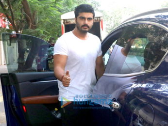 Arjun Kapoor snapped in Juhu