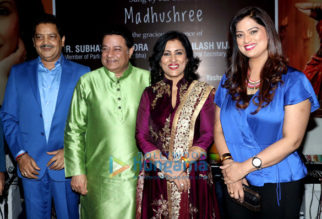 Celebs grace a surprise party hosted for Madhushree